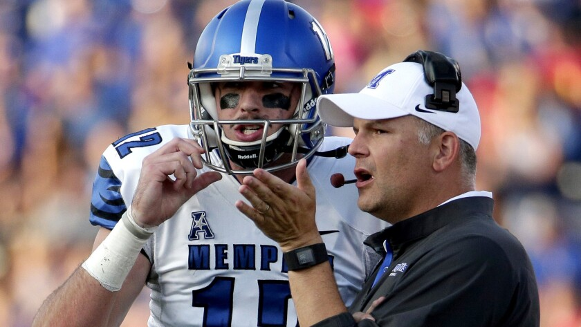 Memphis Coach Justin Fuente and quarterback Paxton Lynch have helped Memphis open the season 6-0.