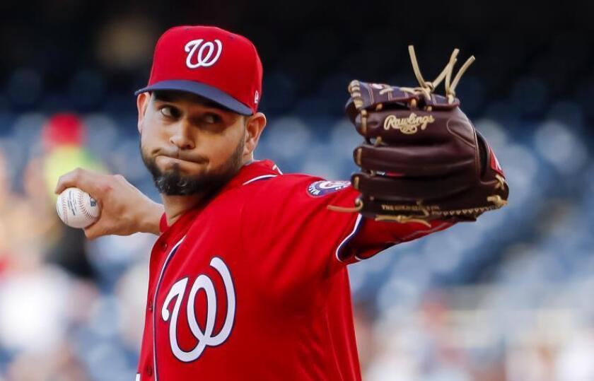 En la imagen, el jugador de los Nacionales de Washington Aníbal Sánchez. EFE/Erik S. Lesser/Archivo