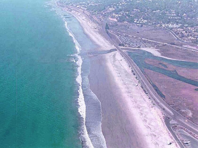 Picture 2: Torrey Pines Beach in November 2002, post-nourishment