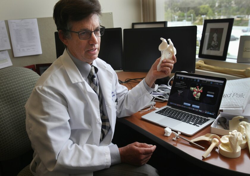 Dr. Heinz Hoenecke explains how he uses three-dimensional CT scans to build the surgical guides that he uses in total shoulder replacement surgeries.