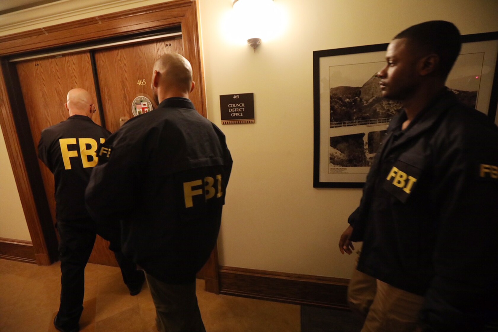 FBI raids home and offices of L A  City Councilman Jose