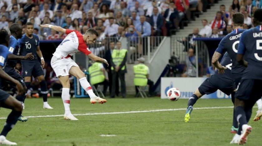 VIDEO: Croacia se mete al partido, empata el marcador  ante Francia en la final de Rusia 2018