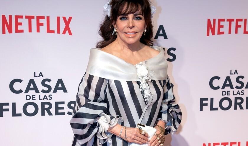 Verónica Castro protagoniza 'La Casa de las Flores'.