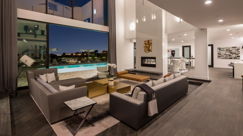 ?url=https%3A%2F%2Fcalifornia-times-brightspot.s3.amazonaws Hot Property newsletter: Hot times in the real estate market