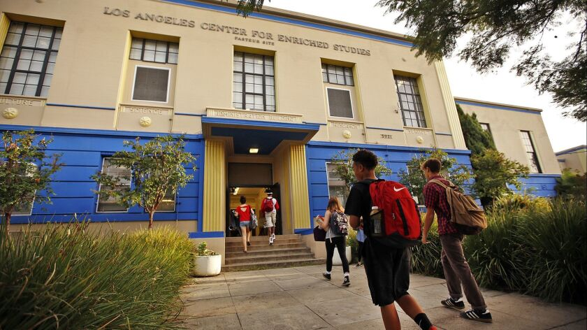 LOS ANGELES, CA SEPTEMBER 28, 2015 -- Students arrive Monday morning September 28, 2015 for classe