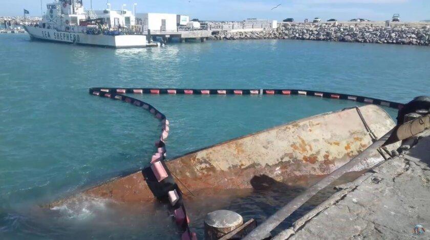 Rescate de barco en San Felipe BC