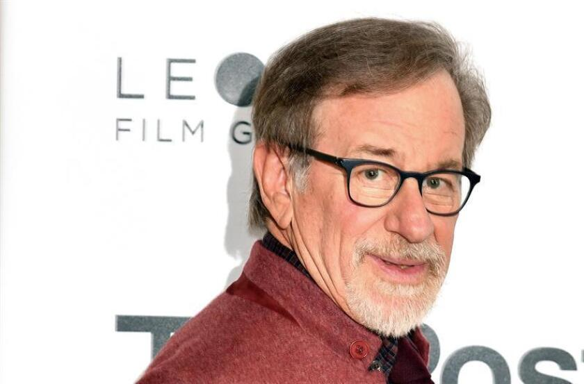 """El director de cine Steven Spielberg posa durante la presentación de la película """"The Post"""". EFE/Archivo"""