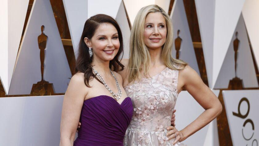 Ashley Judd, Mira Sorvino