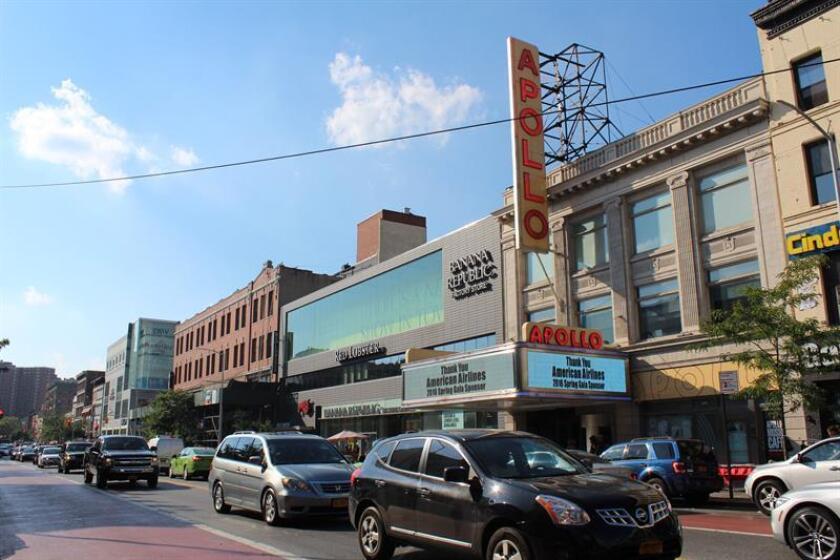 Fotografía del 15 de julio de 2016 del teatro Apollo en el histórico barrio de Harlem al norte de Manhattan, Nueva York (Estados Unidos). EFE/Archivo