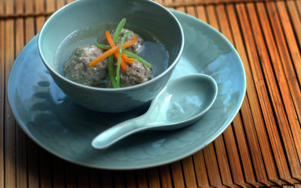 Chinese-style pork meatballs in broth