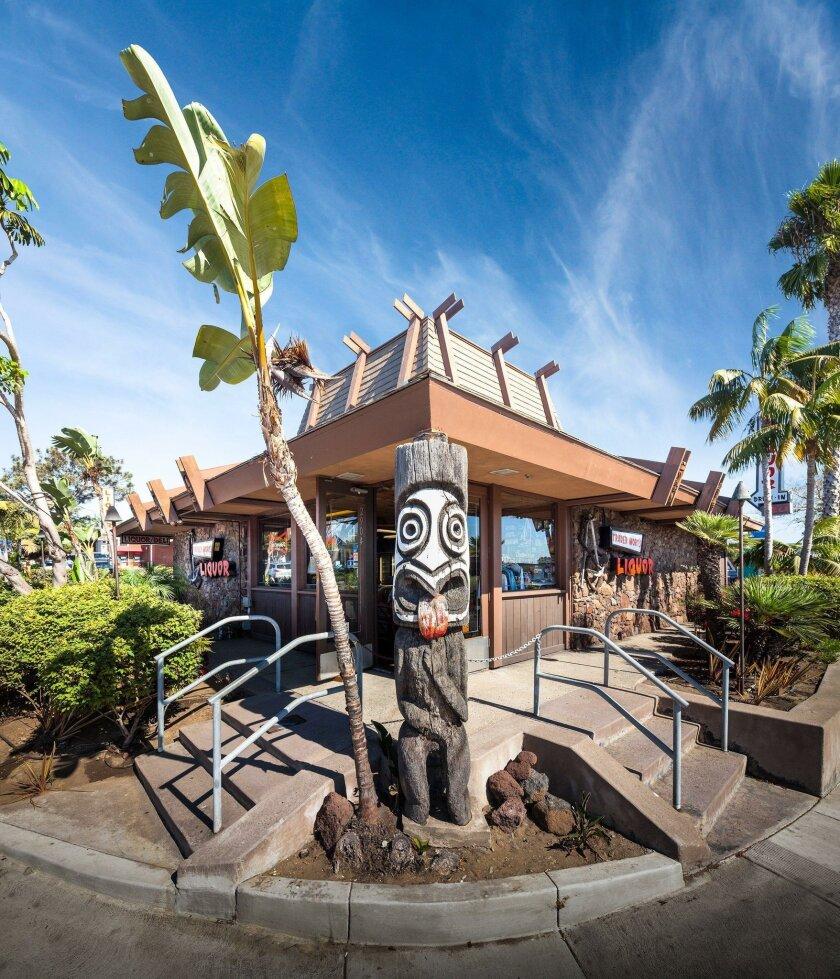 """Tiki fans revere Trader Mort's Liquor on Shelter Island: """"That is a landmark liquor store."""""""