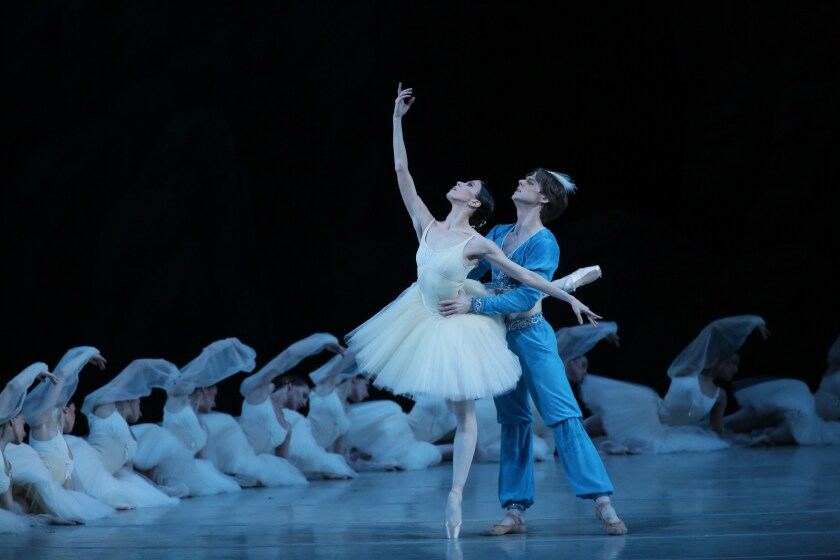 Newsletter: Essential Arts: How the Mariinsky Ballet has kept 'La Bayadère' going for 142 years