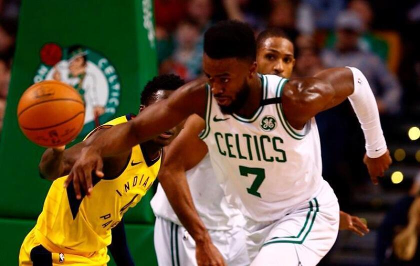 Boston Celtics guard Jaylen Brown makes a breakaway during the third quarter against the Indiana Pacers at TD Garden in Boston, Massachusetts, USA. EFE