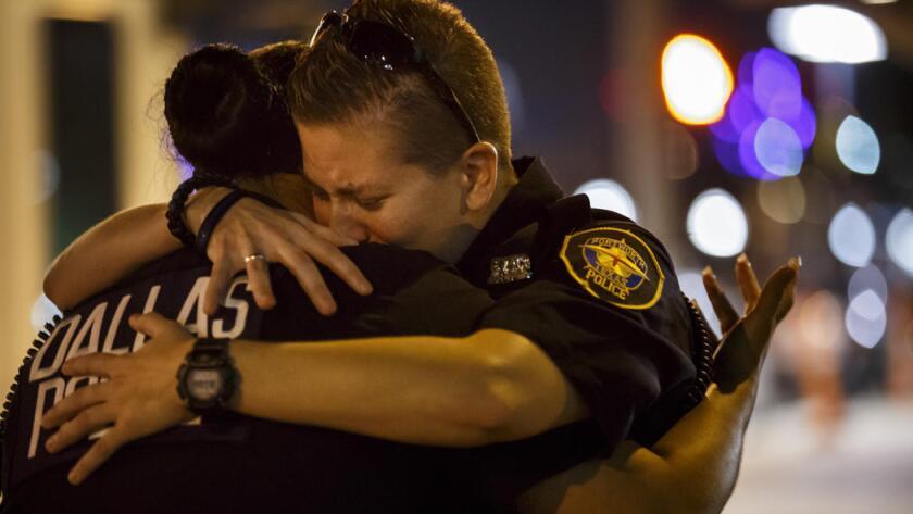 Veterano de la guerra de Afganistán, el francotirador Xavier Johnson impuso el terror en el centro de la ciudad tejana de Dallas, acabó con la vida de cinco agentes e hirió a nueve personas, entre ellas otros siete policías.