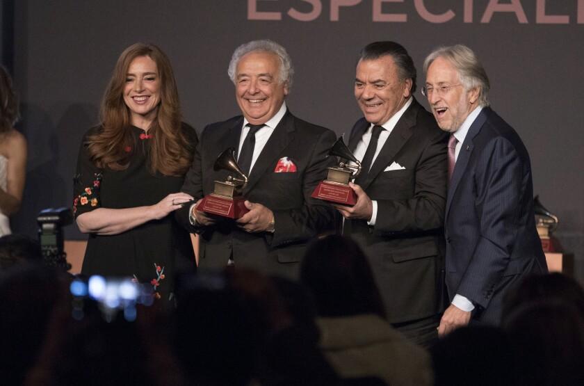 Antonio Romero Monge, Rafael Ruiz Perdigones, Laura Tesoriero, Neil Portnow