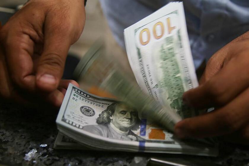 Sistema bancario cubano carece de infraestructura para dar servicio a remesas