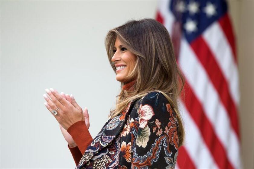 La primera dama, Melania Trump, viajará este miércoles a la zona afectada por el huracán Harvey en Texas para observar los trabajos de reconstrucción y visitar a víctimas del desastre, informó la Casa Blanca. EFE/ARCHIVO