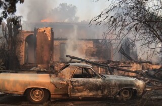 Creek fire: At least 11 homes destroyed, 2 firefighters injured