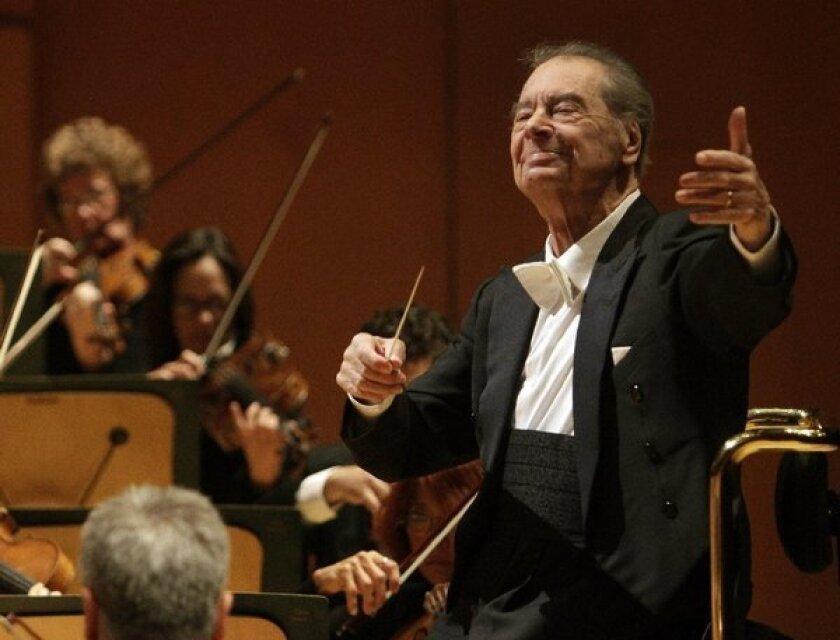 Rafael Fruhbeck de Burgos conducts the Los Angeles Philharmonic at Walt Disney Concert Hall on Nov. 8.