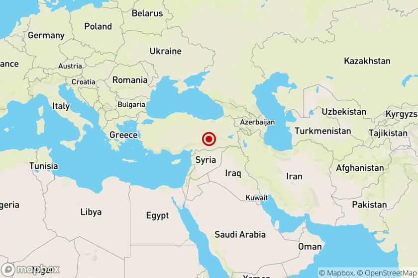 At least 4 dead as magnitude 6.8 quake rocks eastern Turkey