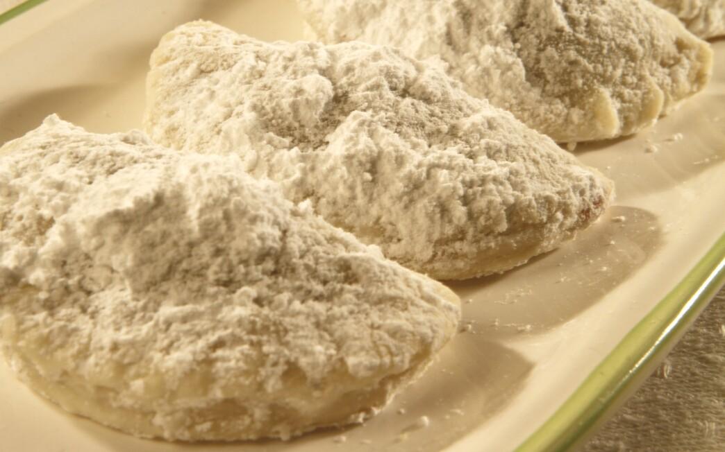 Nana's Russian tea cookies