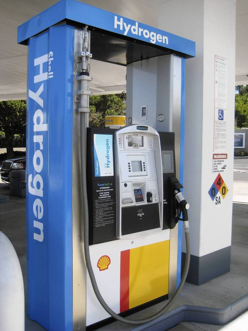 Shell offers free fill-ups for hydrogen fuel cell vehicles