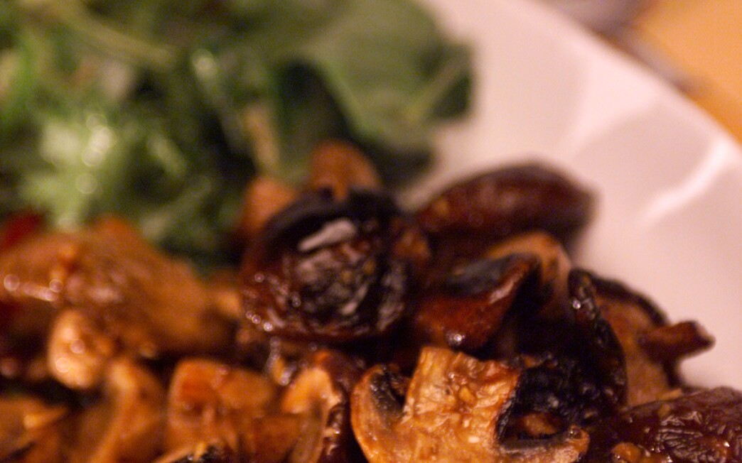Grilled Mushrooms With Tossed Green Salad