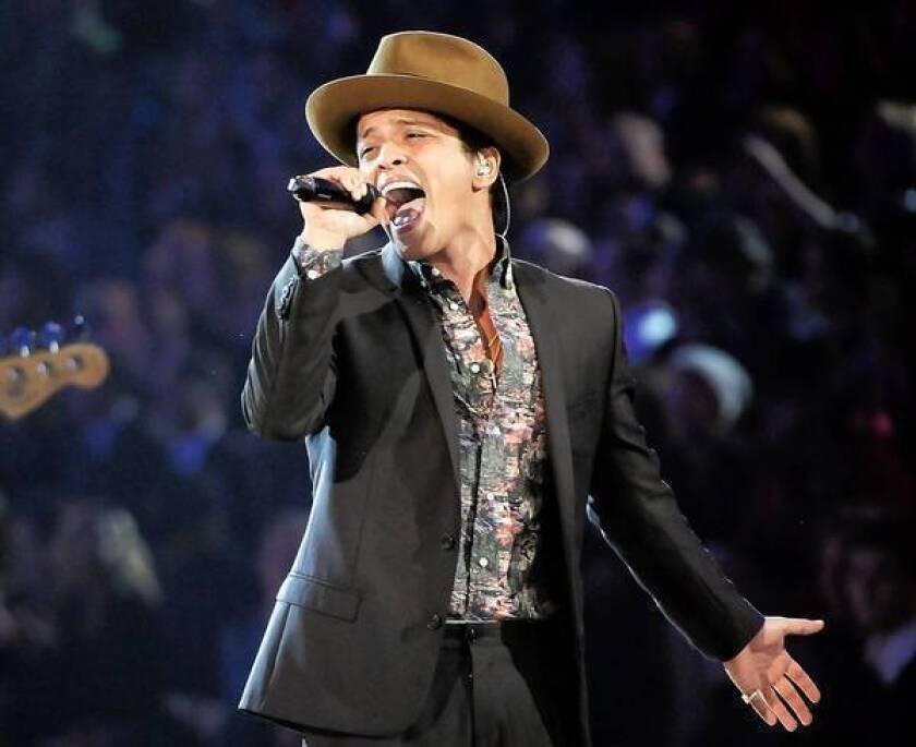 Bruno Mars gladly loses his cool on 'Unorthodox Jukebox'