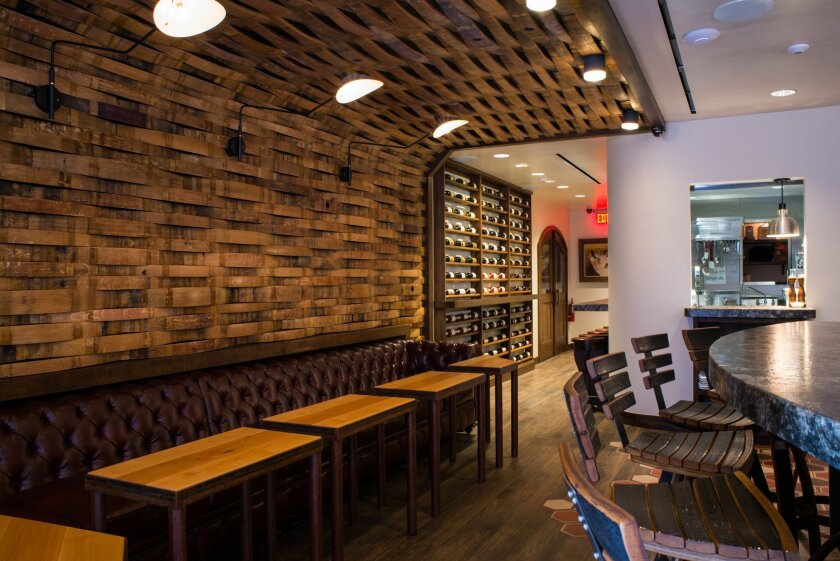 Tasting Room Del Mar offers craft beer, boutique wine and locally-sourced, farm-to-table food.