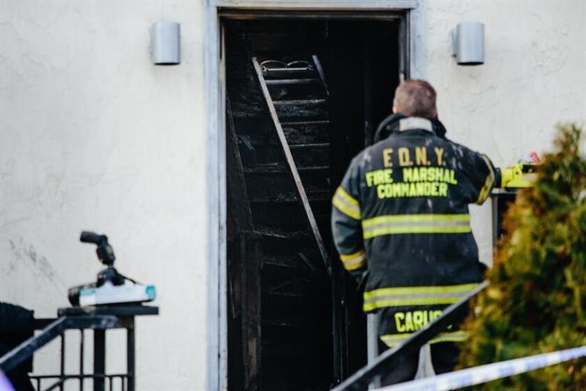 Una mujer murió y otras nueve personas han resultado heridas hoy en un fuego en un edificio en el Alto Manhattan, con gran concentración de la comunidad dominicana en Nueva York. EFE/Archivo