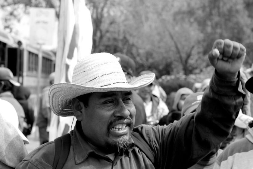 Fidel Sánchez lidera la marcha en el valle de San Quintín.