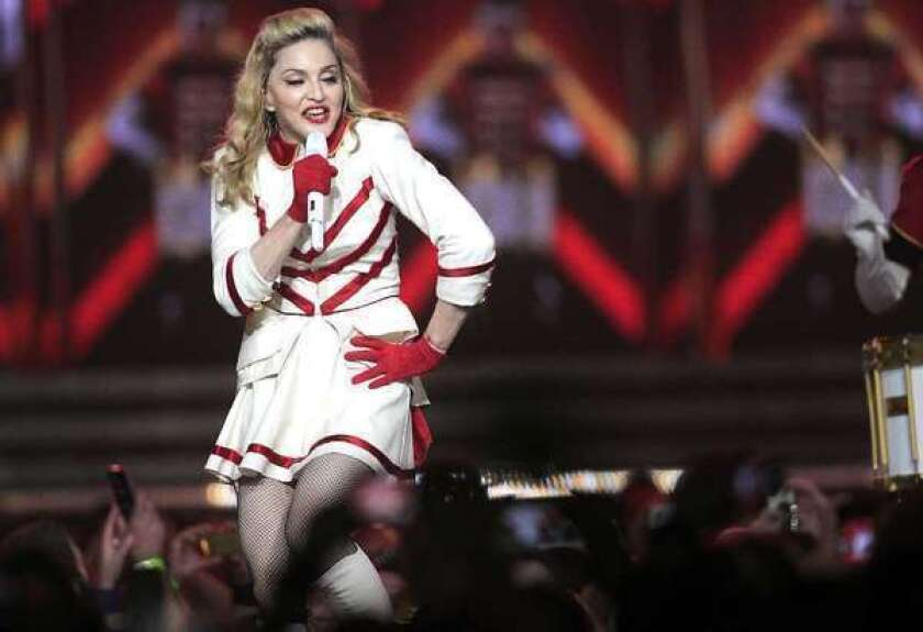 Madonna succumbs to Psy's 'Gangnam Style' in New York