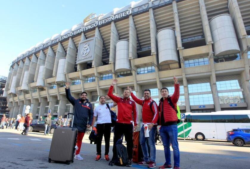 La final de la Copa Libertadores empieza a vivirse en los alrededores del Bernabéu
