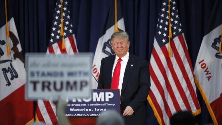 La esvástica sobre la estrella de Trump fue borrada por la Cámara de Comercio de Hollywood, la organización encargada del mantenimiento del Paseo de la Fama, en cuanto tuvo conocimiento de ello.