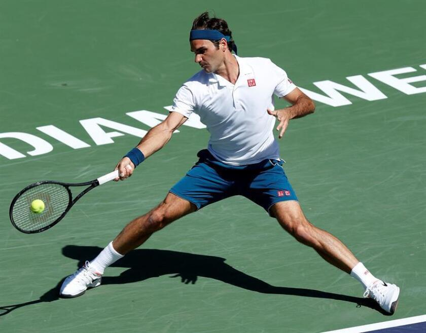 Roger Federer of Switzerland in action against Hubert Hurkacz of Poland during the BNP Paribas Open tennis tournament at the Indian Wells Tennis Garden in Indian Wells, California, USA, on March 15, 2019. EPA-EFE/JOHN G. MABANGLO