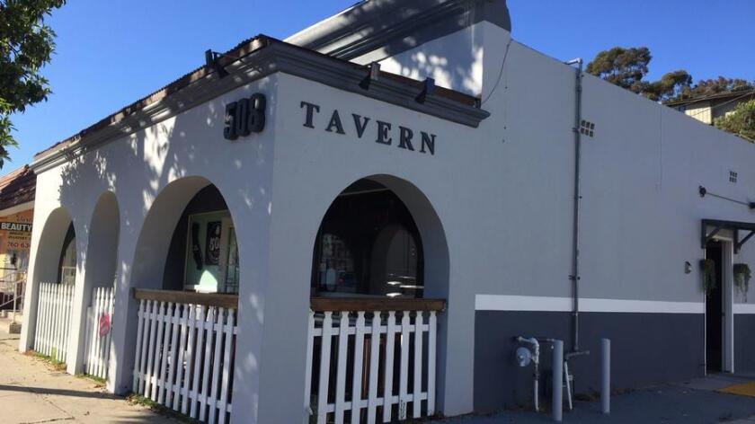 Vista's new 508 Tavern serves beer, wine and a small menu of dishes including its award-winning spicy Korean BBQ tacos. (Pam Kragen/Union-Tribune)