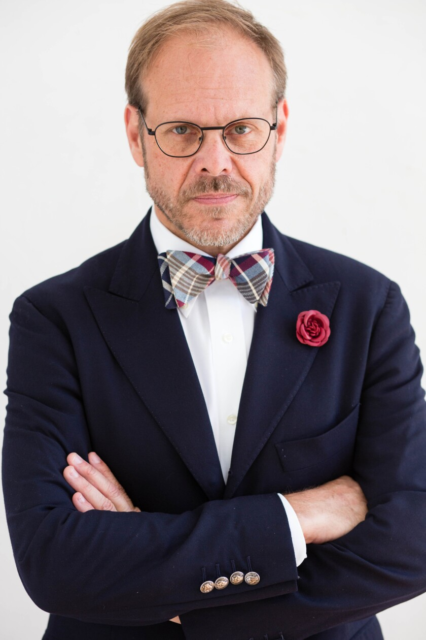 Cutthroat Kitchen S Alton Brown Branches Into Fashion Los