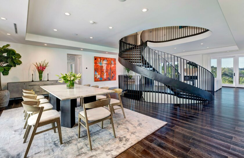 Dwyane Wade and Gabrielle Union are seeking a buyer for their Sherman Oaks house.