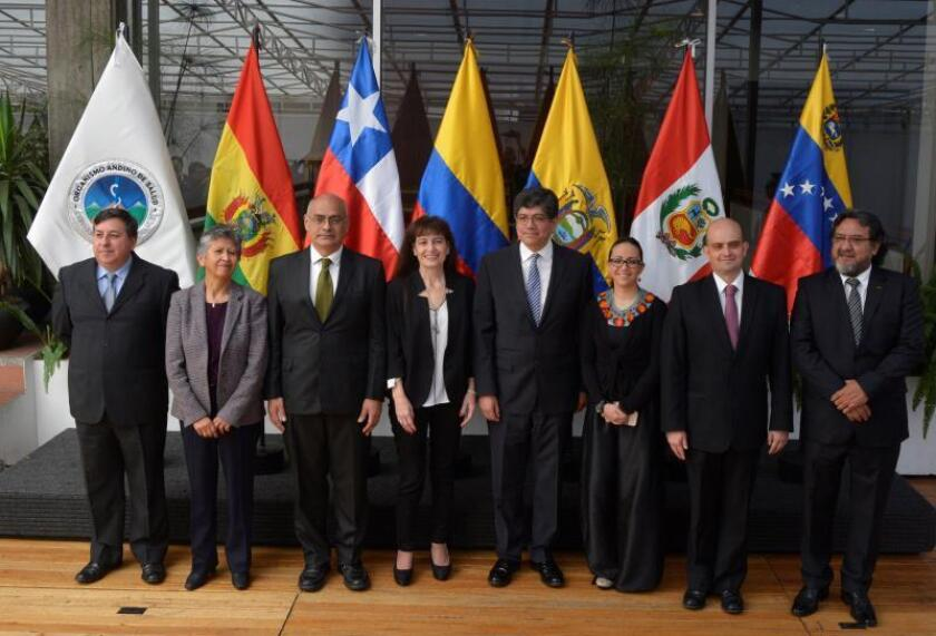 QUITO (ECUADOR), 06/11/2018.- Ministers of health from the countries of the Andean region met here Tuesday to discuss matters of common interest, including the possibility of buying drugs in bulk to reduce costs and be able to reach more people with them. EPA/EFE/Cristian Afonso