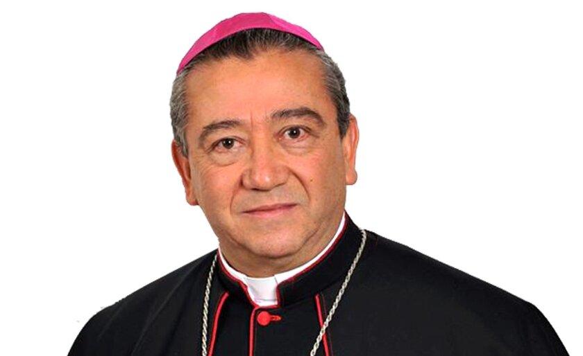Monseñor Francisco Moreno Barrón, arzobispo de Tijuana.