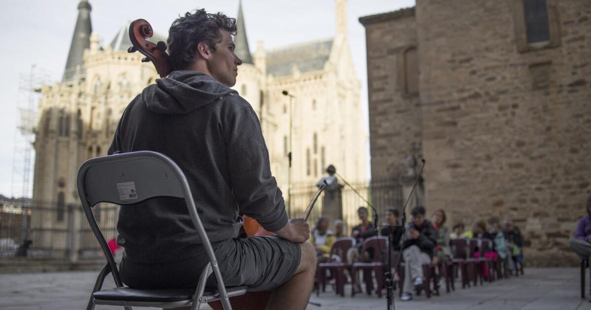 'Strangers on the Earth' doc inspires as it captures musician's sacred trek
