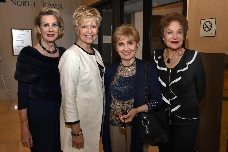 Lynne Wheeler, Jytte Levinthan, Sandra Osborn, Esther Nahama
