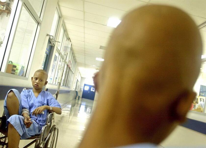 El 70 % de los casos de cáncer que se presentan en menores de 18 años en México se diagnostica en etapas muy avanzadas, dijo este viernes a Efe una especialista. EFE/Archivo
