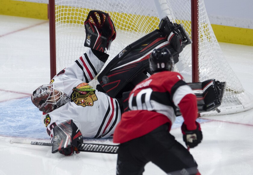 Blackhawks Senators Hockey