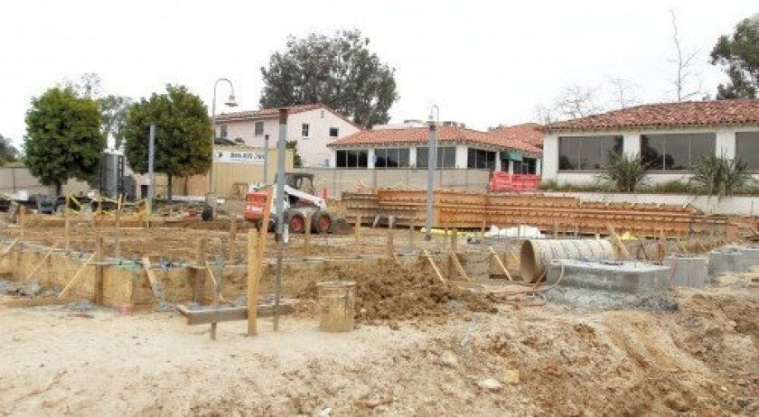 Plaza de Acacias should be complete by late June or July. Photo/Jon Clark