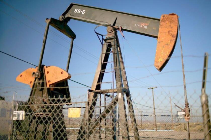 EEUU ofrece reservas para suministro mundial de crudo tras ataques en A.Saudí