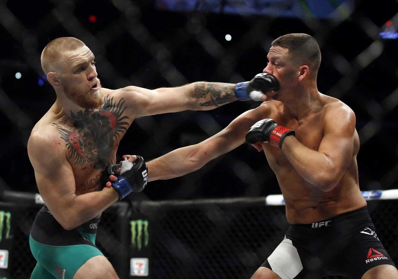 UFC 202: McGregor v Diaz