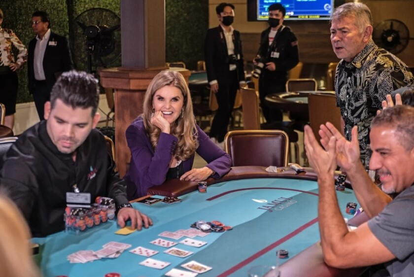 Maria Shriver, center, co-hosted a poker tournament at Jamul Casino Oct. 1 to benefit her Women's Alzheimer's Movement group.