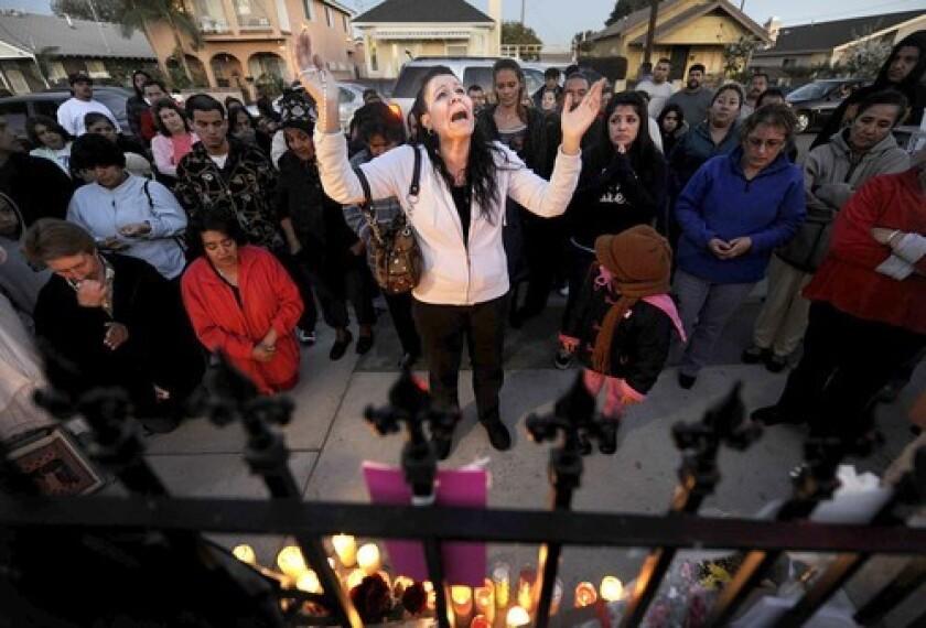 Vigil for Wilmington deaths