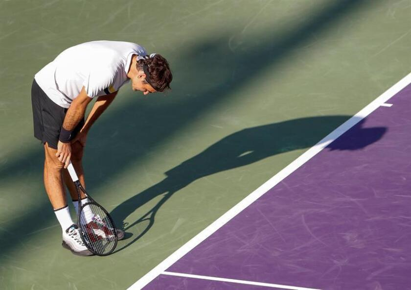 Roger Federer of Switzerland reacts against Thanasi Kokkinakis of Australia during a second round match at the Miami Open tennis tournament on Key Biscayne, Miami, Florida, USA, 24 March 2018. EFE